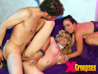 Groupsex HDV159 1